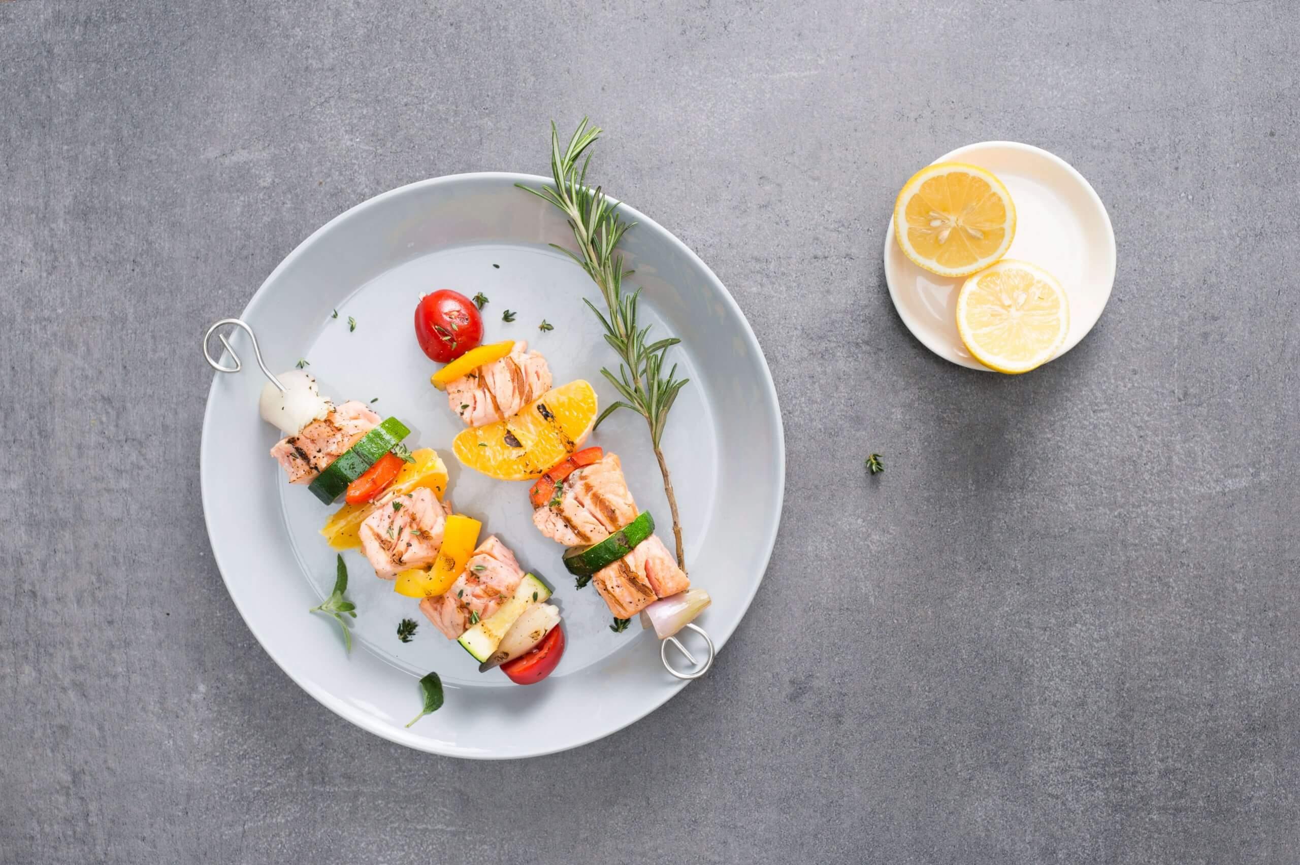Zalmspies met groenten