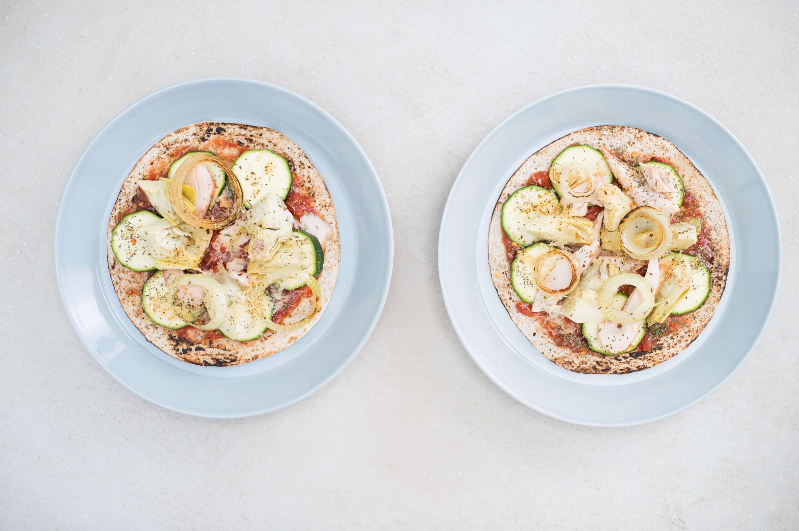 Wrappizza met gerookte kip en kerstomaatjes