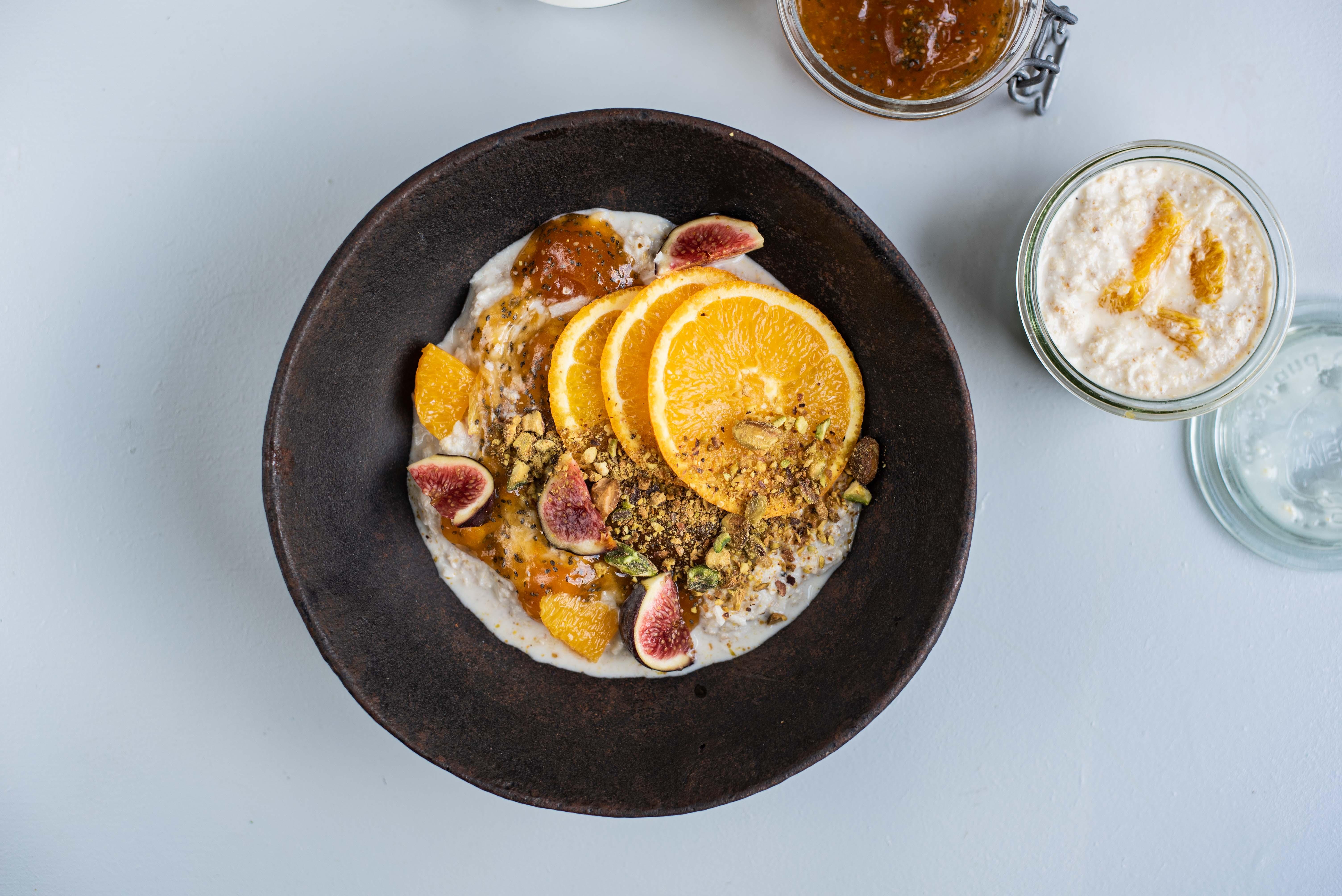 Overnight oats met sinaasappel en abrikoos